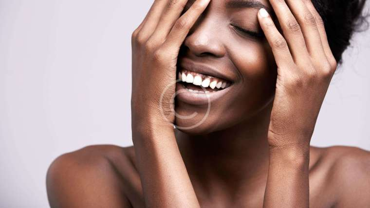 The Secret to Keeping Your Skin Oil-Free All Day